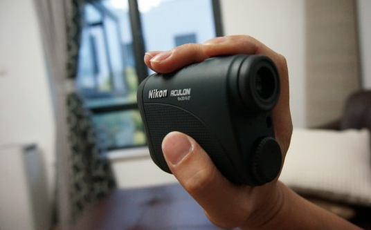 Nikon 8397 Aculon Laser Golf Rangefinder - in hand