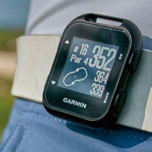 Garmin Approach G10 Golf GPS device - clip-on on belt