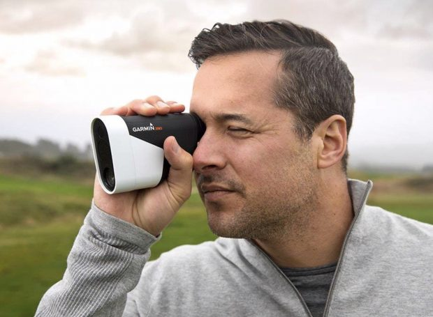 Garmin Approach Z80 Hybrid GPS Golf Rangefinder - compact and easy to use